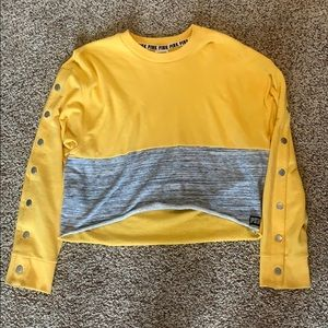 cropped crew neck with button sleeves